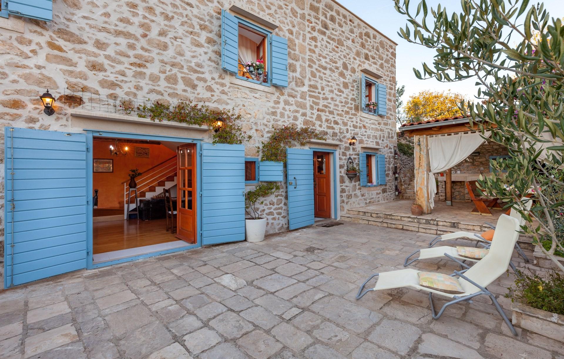 Traditional stone house on Island of Brac | Villa Vicina