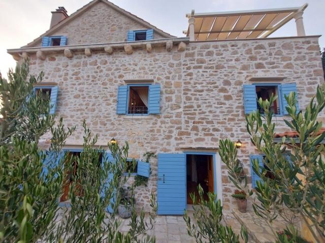 Villa Vicina from the backyard